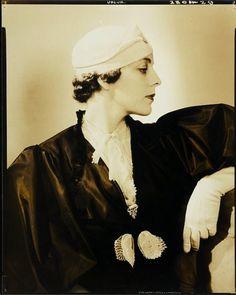 Mrs. Peter F. Chambers, Vogue, 1932 (Edward Steichen)