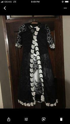 Kalamkari Dresses, New Designer Dresses, Indian Gowns Dresses, Royal Blue Prom Dresses, Bollywood Dress, Printed Gowns, Applique Wedding Dress, Western Dresses, Dress Patterns