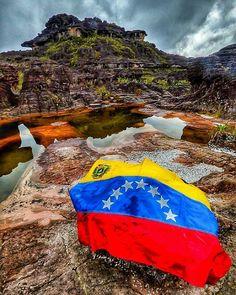 Venezuela. Fotografía cortesía de @javieryores #LaCuadraU #GaleriaLCU #Venezuela