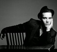 Greg Lotus - BLACK BOOK - Jonathan Rhys-Meyers - 4760 - Artsphere is a photographer agency in Paris. Bend It Like Beckham, Jonathan Rhys Meyers, Dear John, City Of Bones, Irish Traditions, Black Books, Best Actor, Beautiful Boys, Cute Guys