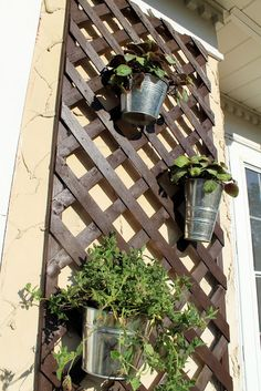 Lattice Planter.. use for my herbs, ivy & flowers.. on the privacy fence, next to grill on pallet. sturdy enough for a hanging basket?