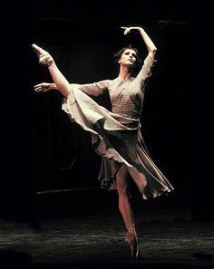 Sylvie Guillem, Cinderella. #Ballet_beautie #sur_les_pointes *Ballet_beautie, sur les pointes !*