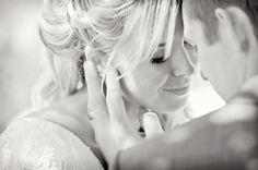 Close up wedding photos. So sweet and intimate. Utah Wedding Photographers #WeddingPose