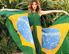 """""""Independência do meu lindo Brasil!"""", diz Gisele em sua página oficial do Facebook (Reprodução/Facebook"""