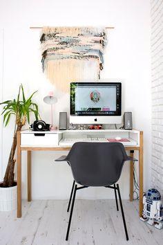 Marion and Guillaume, Chaville Bureau Design, Office Decor, Home Office, Small Office, Home Interior, Interior Decorating, Bookshelf Desk, Ideas Hogar, Style Deco