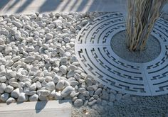 New metal landscape edging water features ideas Metal Landscape Edging, Landscape Elements, Landscape Architecture, Landscape Diagram, Landscape Designs, Modern Landscaping, Front Yard Landscaping, Monuments, Tree Grate