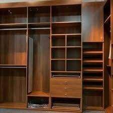 Gard eroba Wardrobe Interior Design, Wardrobe Door Designs, Wardrobe Design Bedroom, Bedroom Furniture Design, Closet Designs, Home Decor Bedroom, Wooden Wardrobe, Wardrobe Cabinets, Wardrobe Storage