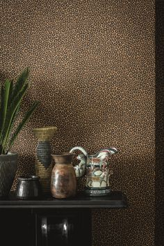 This distinctive Senzo Spot Wallpaper by Cole & Son forms part of the new charming and stylish Ardmore collection. Inspired by the charmingly naive patterning of giraffe spots Brown And Gold Wallpaper, Plain Wallpaper, Graphic Wallpaper, Images Wallpaper, Bathroom Wallpaper, Wallpapers, Spotted Wallpaper, Leopard Wallpaper, African Theme