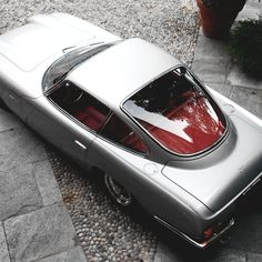 Early Two Fuel Filler Lambo 1967 Lamborghini 400 GT | 2 + 2 Berlinetta Gran Turismo | Touring | 2 Door Coupe Grand Tourer | Chassis No 0526 | 3.5L V12 360hp | A total of only 224 cars were produced...