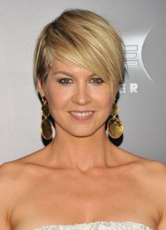 Jenna Elfman Layered Razor Cut with Side Swept Bangs  - Find more on http://hairstylesweekly.com/