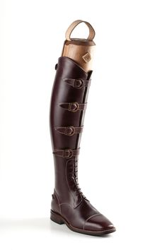 Brown multi buckle polo boots These special and unique Italian DeNiro Brown Multi Buckle Polo Boots are Brown grain calfskin WRAT leather with a quality brown Vibram sole. Its a with laces style for more ankle flexibility. These boots come with white stit Equestrian Boots, Equestrian Outfits, Equestrian Style, Ankle Flexibility, E Biker, Horse Riding Boots, Polo Boots, Riding Breeches, Shoes
