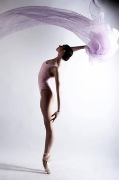 """  Evgeniya Victory Gonzalez Mariinsky Ballet Photo © ира яковлева """