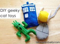 DIY Geeky Cat Toys | allonsykimberly.com