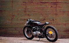 Honda CB550. OEM Ripon | Inazuma café racer