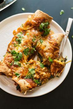 Spinach Artichoke Enchiladas Vegetarian Cookbook, Vegetarian Recipes, Vegetarian Meatballs, Vegetarian Mexican, Quesadillas, Burritos, Vegetarian Enchiladas, Spinach Enchiladas, Enchiladas Healthy