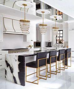 Modern Kitchen Interior Remodeling Cozinha preto e branco - Luxury Kitchen Design, Best Kitchen Designs, Luxury Kitchens, Interior Design Kitchen, Cool Kitchens, Design Bathroom, Remodeled Kitchens, Bathroom Marble, Stone Interior