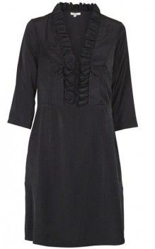 Kjole silk Dranella <3  Pen & delikat kjole med blonde-krage & flatterende, komfortabel passform! Kjolen er av solid & fint materialer. <3