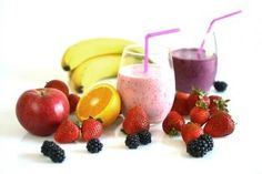 Smoothies have grown very popular over the years, with fruit smoothies being at the top of the list of favorite beverages. Many people already consume fruit smoothies regularly and have praised the… Cholesterol Lowering Foods List, Lower Cholesterol Naturally, What Causes High Cholesterol, Lower Your Cholesterol, Cholesterol Symptoms, Cholesterol Levels, Smoothies Detox, Smoothie Fruit, Smoothie Recipes