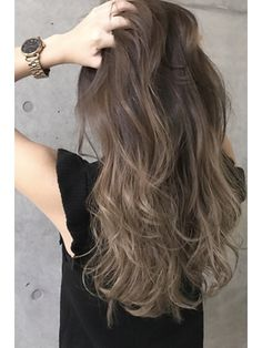 Best Hairstyle For Naturally Wavy Hair Japanese Hair Color, Hair Color Asian, Brown Hair Balayage, Hair Highlights, Asian Hair Inspiration, Medium Hair Styles, Short Hair Styles, Hair Arrange, Beautiful Hair Color
