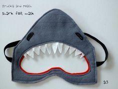 Máscara de tiburón en fieltro ✿⊱╮