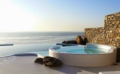 mykonos ticker: «Πόθεν έσχες» για πρώτη κατοικία αλλά σε τμήμα της...