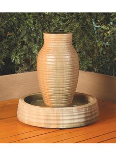 Outdoor Glass Fiber Reinforced Concrete Garden Fountain: Gist Décor: Amphura Fountain