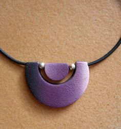 collier_violet_mat - Photo de Colliers et pendentifs - Marykot fimote