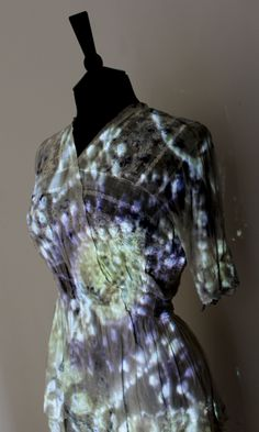 An Artist Dyes Clothes and Quilts With Tuberculosis and Staph Bacteria Bio Art, Anna, Clothing And Textile, Fabric Squares, Science Art, Maternity Dresses, Textile Design, Culture, Microorganisms