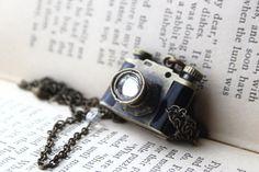 Un collar con camara para Coralina y Clarina :)