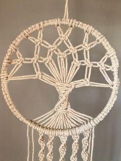 Macrame Tree of Life - Dream Catcher, Wall Hanging Macrame Wall Hanging Diy, Macrame Plant Hangers, Macrame Art, Macrame Design, Window Hanging, Macrame Projects, Macrame Knots, Macrame Tutorial, Macrame Patterns