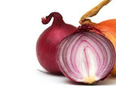 Die Zwiebel-Knolle: EAT SMARTER verrät Ihnen was Sie über den unentbehrlichen Küchenhelfer wissen sollten.