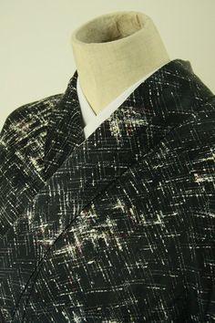 Black abstract pattern komon / 黒地 抽象柄の化繊小紋  #Kimono #Japan http://global.rakuten.com/en/store/aiyama/