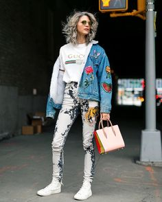 "364 Likes, 5 Comments - The Outsider (@theoutsiderblog) on Instagram: ""Oh, hello weekend! @samantha_angelo @gucci #nyfw #newyork #fashionweek #harpersbazaar #streetstyle…"""