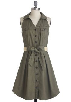 Braai Invite Dress. Looks like one of River Song's outfits.