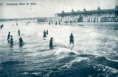 Constanta - bathing in the Black Sea Important People, Black Sea, 1920s, Bathing, Cool Photos, Forget, Louvre, Memories, Building