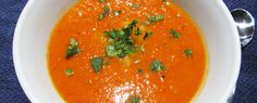 Roasted Fresh Tomato Soup - The smell of the fresh tomatoes roasting is intoxica. Fresh Tomato Soup, Vegan Tomato Soup, Roasted Tomato Soup, Tomato Soup Recipes, Vegan Soups, Roasted Tomatoes, Vegetarian Recipes, Garlic Soup, Tomato Basil