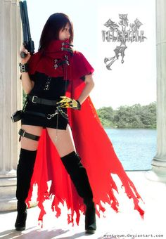 Final Fantasy Cosplay: Final Fantasy Vincent Valentine Cosplay Girls