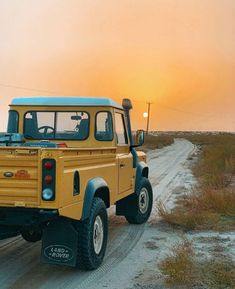 Land Rover Defender, 4x4, Monster Trucks, Wheels, Outdoors, Cars, Classic, Vehicles, Autos