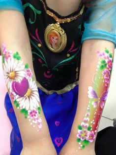 Beautiful rainbow flowers body art painting for girls by Jasmine Walsh Face Painting Images, Face Painting Flowers, Butterfly Face Paint, Girl Face Painting, Leg Painting, Belly Painting, Face Painting Designs, Face Paintings, Christmas Face Painting