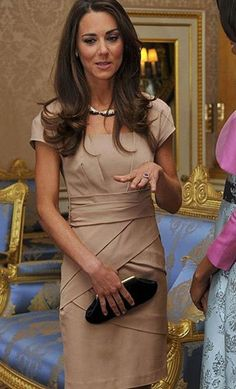 Kate Middleton meets up with First lady Michelle Obama.