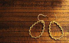K18 pierced earrings drop lace