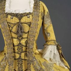 Historical fashion and costume design. 18th Century Dress, 18th Century Costume, 18th Century Clothing, 18th Century Fashion, Vintage Gowns, Vintage Outfits, Vintage Fashion, Antique Clothing, Historical Clothing