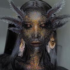 Goth Makeup, Makeup Art, Sfx Makeup, Makeup Inspiration, Character Inspiration, Hades Aesthetic, Amazing Halloween Makeup, Arte Cyberpunk, Axolotl
