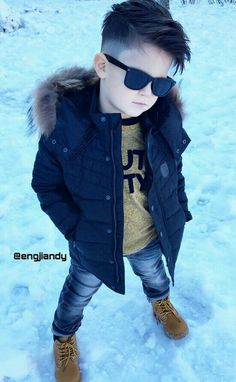 Not the coat but the rest is great Toddler Boy Fashion, Little Boy Fashion, Fashion Kids, Toddler Haircuts, Little Boy Haircuts, Little Boy Outfits, Baby Boy Outfits, Outfits Niños, Kids Outfits