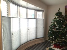 Right back at it! 👍Our post christmas Install day consisted of a full house of Hunter Douglas shades.