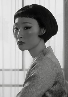 Portrait Shenzhen (from the series: 'Waiting'), 2014 (Erwin Olaf), Courtesy… Face Drawing Reference, Human Reference, Female Reference, Hair Reference, Photo Reference, Anatomy Reference, Erwin Olaf, Photographie Portrait Inspiration, Photo Portrait