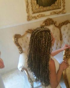 TRECCINE AFRICANE  #dreadlocks#extensions#a#cucitura#ciocca#a#ciocca#con#filo#elastico#tessitura#cucito#servizioadomicilio#parrucchieramobile#prenotazione#regionecampania#napoli#salerno#avellino#caserta#benevento#capelli