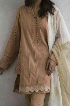 Kurti Sleeves Design, Sleeves Designs For Dresses, Kurti Neck Designs, Kurti Designs Party Wear, Simple Pakistani Dresses, Pakistani Fashion Casual, Pakistani Dress Design, Stylish Dress Book, Stylish Dresses For Girls