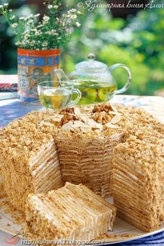 """""""Пизанская башня"""" anyone can translate this? Russian Cakes, Russian Desserts, Russian Recipes, Baking Recipes, Cake Recipes, Dessert Recipes, No Cook Desserts, Sweet Cakes, Yummy Cakes"""