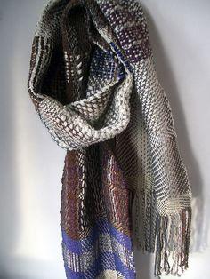 Handwoven scarf Ilse Acke